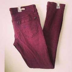 Brandy Melville Maroon jeans So cute and comfortable! Sold out and hard to get now. Worn and washed only once. Item comes from a smoke free and pet free environment. I am a size Brandy Melville Pants Maroon Jeans, Brandy Melville Pants, Fashion Design, Fashion Tips, Fashion Trends, Pant Jumpsuit, Khaki Pants, Environment, Product Description