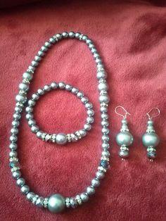 Handmade jewelry designed by Cherry @wonensmallbiz 4  fundraiser set 35.00