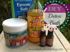 Unwind with a DIY Detox Bath www.fireflyfieldsliving.com
