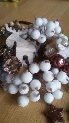 Ready for Christmas - this year white, brown, beige