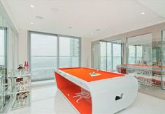 For more info click here http://www.jacob-fox.co.uk/canary-wharf-eastate-agent.html