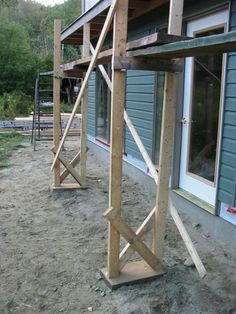 Framing Construction, Construction Tools, Wooden Scaffolding, House Cladding, Brick Masonry, Carport Designs, Porch Steps, Diy Shops, Homemade Tools