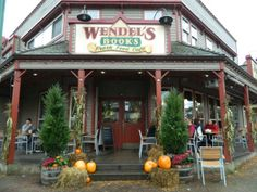 wendel's bookstore cafe, fort langley