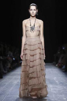 Valentino Ready To Wear Fall Winter 2016 Paris