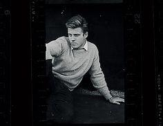 http://www.esquire.com/entertainment/g1446/robert-redford-1959-photos-0413/?slide=17