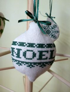 Noel cross stitch christmas tree bauble green