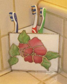Just Hold It, if i had a corner. Stained Glass Paint, Stained Glass Ornaments, Making Stained Glass, Stained Glass Flowers, Stained Glass Designs, Stained Glass Projects, Stained Glass Patterns, Stained Glass Windows, Mosaic Glass
