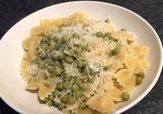 Snelle pasta met knoflook erwtjes Pasta, Risotto, Grains, Rice, Ethnic Recipes, Food, Essen, Meals, Seeds