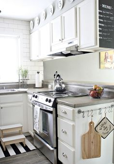 Before & After: A Basic Kitchen Gets a Farmhouse-Style Update — Kitchen Remodel   The Kitchn