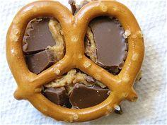 Top pretzel, now secure