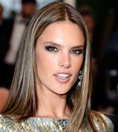 Alessandra Ambrosio recently debuted a full head of pin-thin highlights. The process of achieving this look can be costly and time consuming, but the ending result doesn't disappoint.