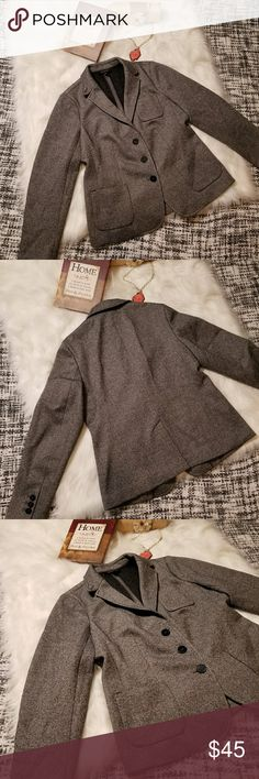 🌻🌺🌻TALBOTS WOOL BLEND BLAZER JACKET NWOT!! TALBOTS WOOL BLEND BLAZER JACKET NWOT!! Size 10. No flaws, new without tags. Posh Ambassador, buy with confidence! Check out my other items to bundle and save on shipping! Offers welcome. I ship same or next day!    Inventory #RA66 Talbots Jackets & Coats Blazers