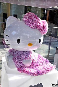Hello Kitty Figure by Ai Tominaga by tokyofashion, via Flickr