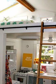 Ideas para espacios pequeños. Cocina + cama en altillo.