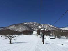 Myoko Snow Report 18 March 2015. Sunny warm conditions are still with us here in Myoko today, with temperatures topping out at 10c today.