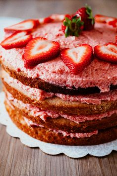 Fresh Strawberry Cake + A Giveaway to Win Free Berries for a Year from @Driscoll's Berries & @OXO!