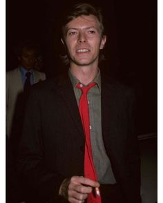 David Bowie smoking and welcoming you to Saturday. #davidbowiesmoking #bowie #davidbowie