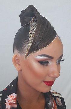 Hair with stones accents. Latin Hairstyles, Work Hairstyles, Dance Competition Hair, Ballroom Dance Hair, Dance Makeup, Fantasy Hair, Hair Shows, Fibre Textile, Hair Art