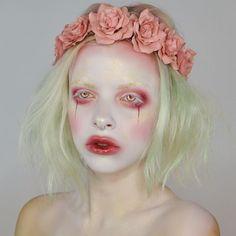 """pastel goth, blush pink dark beauty creative make-up look with adorable rose hairband púderes pasztell """"sötét"""" kreatív smink Halloween Makeup Artist, Halloween Makeup Looks, Gothic Makeup, Glam Makeup, Sfx Makeup, Lolita Makeup, Skull Makeup, Fantasy Hair, Fantasy Makeup"""