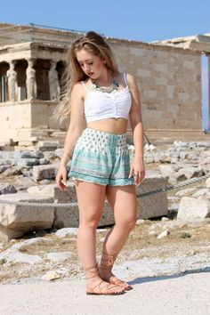 OUTFIT OF THE DAY | AKROPOLIS