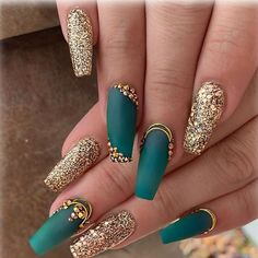 Nail Designs nail designs for fall nail designs for summer gel nail designs 2019 - Teal Nails, Bling Nails, My Nails, Gold Gel Nails, Cute Nails, Pretty Nails, Birthday Nail Art, Birthday Quotes, Birthday Ideas