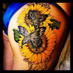 Yet another popular type of tattoos, the sunflower tattoos look cool & great when inscribed over body. Here are top sunflower tattoo designs. Sunflower Tattoo Meaning, Sunflower Tattoo Shoulder, Sunflower Tattoo Small, Sunflower Tattoos, Sunflower Tattoo Design, Sunflower Quotes, Tattoos Skull, Side Tattoos, Body Art Tattoos