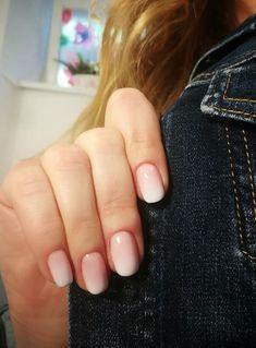 Zarte Versuchung: Babyboomer Nails sind der schönste Maniküren-Trend ever! Baby Boomer, Cute Acrylic Nails, Trends, Nude Nails, Fondant, Hair Makeup, Nail Polish, Make Up, Nail Art