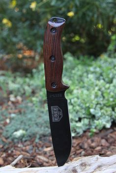 ESEE 6 with wood scales #survivalknives