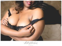 What every boudoir photography session should be :: fun, flirty and super ultra sexy. This curvy girl boudoir session was one of my favorites this year! Pin Up Photography, Boudoir Photography, Plus Size Boudoir, Denver Photographers, Wedding Boudoir, Boudoir Poses, Colorado Springs, Beautiful Images, Curvy