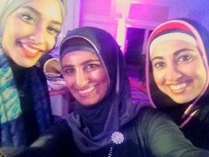 Guess who? Selfie time with @mariahidrissi- our hijabi model for H&M! She loved the AJMAAN hijabs that we wore at the Urban Muslim Women Show by Saverah.
