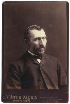 Only know photograph of Vincent when he was an adult