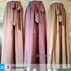 Bridal #skirt Bahan : christian dior, mengkilap bisa buat k pesta all size, ada karet d pinggang visit https://www.youtube.com/user/hijabeena