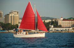 Анапа яхта Ассоль
