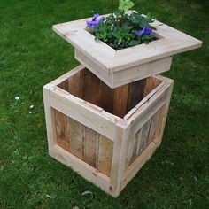Rustic Planter Box with Hidden Storage This sturdy planter box also serves as garden storage. Made from reclaimed wood, each box has a unique charm and rustic character. Rustic Planters, Diy Planters, Woodworking Projects Diy, Wood Projects, Router Woodworking, Woodworking Shop, Garden Furniture, Outdoor Furniture Sets, Wood Planter Box