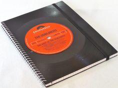 Notizbuch Schallplatte upcycling  von VinylKunst Aurum - Schallplatten Upcycling der besonderen ART auf DaWanda.com