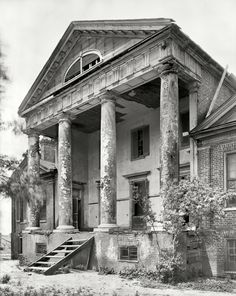 "1939  Lawrence County, Alabama, 1939. ""Freeman Goode Mansion (Mrs. William Skeggs estate). Town Creek vicinity. House built 1821 by the Rev. Turner Saunders."" 8x10 acetate negative by Frances Benjamin Johnston."