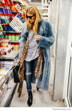 Jeans, tee and coats