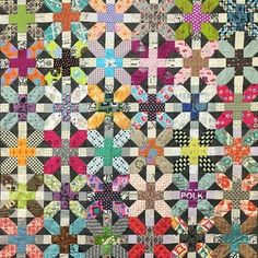 House Quilt Patterns, House Quilts, Batik Quilts, Scrappy Quilts, Sewing Art, Sewing Crafts, Quilting Projects, Sewing Projects, Postage Stamp Quilt