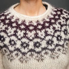 Icelandic Lopi Sweater Winter is coming Winter Sweaters, Christmas Sweaters, Types Of Fibres, Colored Contacts, Pullover, Winter Is Coming, Hand Knitting, Knitwear, Crochet Necklace