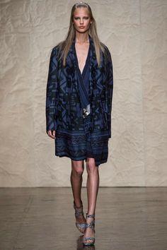 Donna Karan | Spring 2014 Ready-to-Wear Collection | Elisabeth Erm Modeling | Style.com