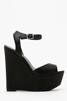 Belen Platform Wedge in Black