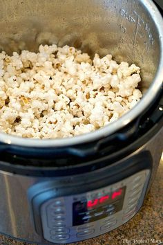 How to make Instant Pot popcorn that tastes great and is ready in just 5 minutes!! Easy to do and tastes WAY better than microwave popcorn.