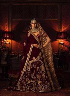Latest Bridal Lehenga Designs by Sabyasachi - Fashion Foody Sabyasachi Lehenga Bridal, Latest Bridal Lehenga, Designer Bridal Lehenga, Indian Bridal Lehenga, Indian Bridal Outfits, Indian Bridal Wear, Indian Dresses, Anarkali, Lengha Choli
