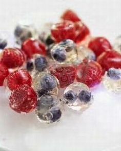 Berry Ice Cubes | Berries, Water, Sprite, club soda, or sparkling water. Fill up an ice cube tray with water. Drop a berry into each compartment in the tray. Freeze and add berry cubes to water or sprite