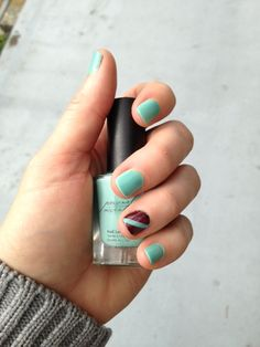 Mint Chocolate Chip - Short nails