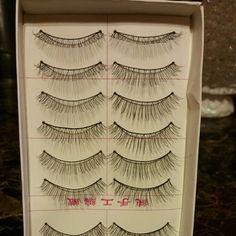 20 FAKE EYELASHES Thin fake eyelashes. 20 pcs. Can be reused if handled properly. Glue not included. 10 pairs. Eyelashes  Makeup False Eyelashes