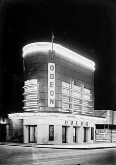 art deco interior The Odeon Isleworth in its heyday, lit up at night. Art Deco Stil, Art Deco Era, Cinema Architecture, Art Nouveau, Gothic Home, Design Industrial, Estilo Art Deco, Streamline Moderne, Art Deco Buildings