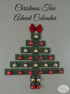 Christmas Tree Advent Calendar #Christmas #crafts #adventcalendar