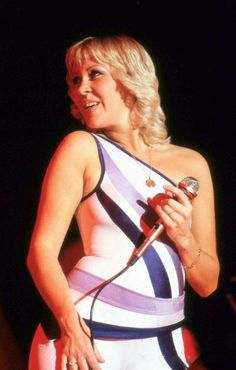Agnetha LIFE on stage