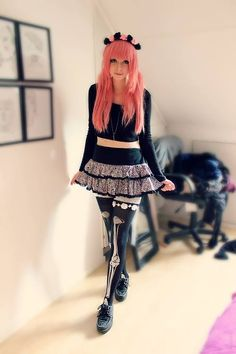 Pastel goth outfit idea: Skeleton leggings with skirt and creeper shoes - http://ninjacosmico.com/12-ways-rock-pastel-goth-leggings/